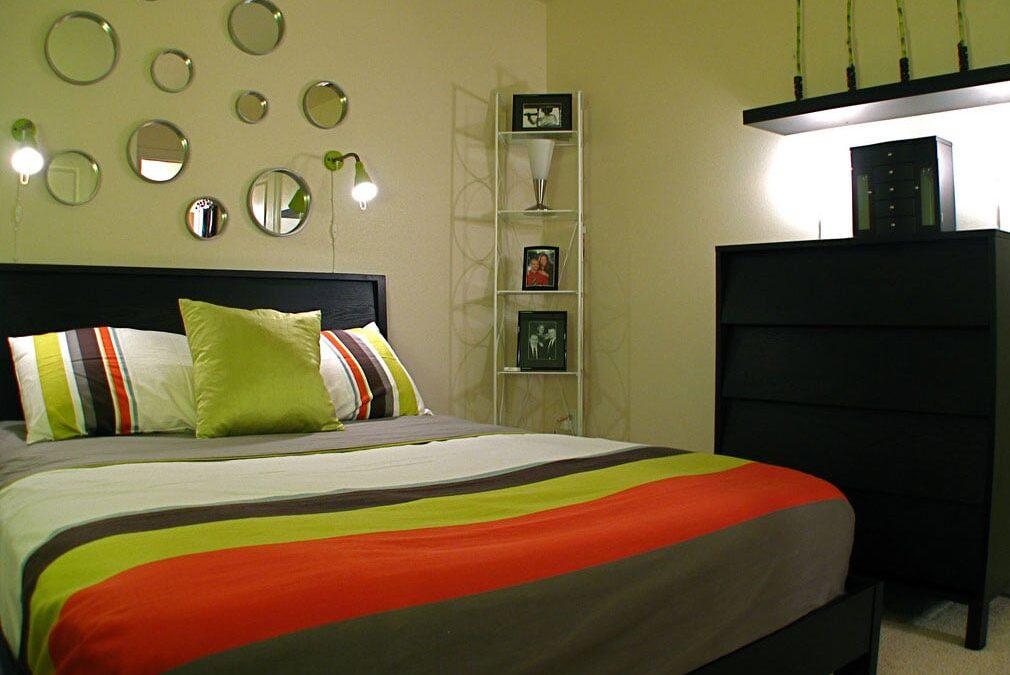 Menata kamar tidur: Membuat Kamar tidur dengan Warna Lembut