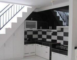 Desain Dapur yang Ideal Dibawah Tangga